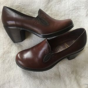Dansko Embroidered Clogs with Heels NWOT - 40/10